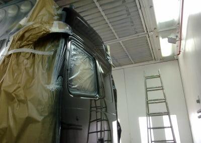 Cabina de pintura para vehículos grandes