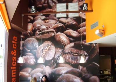Fotomural en vinilo impreso y aplicado sobre pared