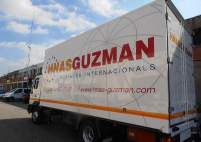 Rotulación de caja de camión