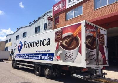 Rotulación de camión en vinilo para empresa de Sant Boi