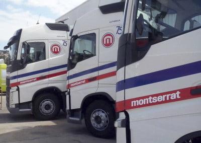 Rotulación de los nuevos camiones en volvo zona franca Barcelona