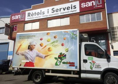 Rotulación en vinilo impreso de nueva imagen corporativa en camiones