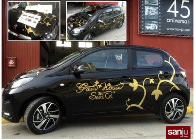 Vinilo dorado para la decoración de coche comercial