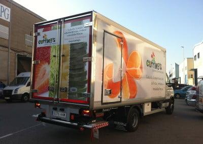 Vinilos impresos para flota de camiones adaptados a cada medida